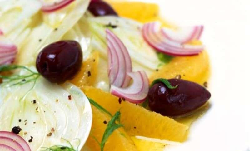 insalata depurativa di arance finocchio e olive