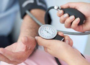 Come abbassare la pressione minima senza farmaci